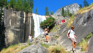 vernal fall hike trail stairs